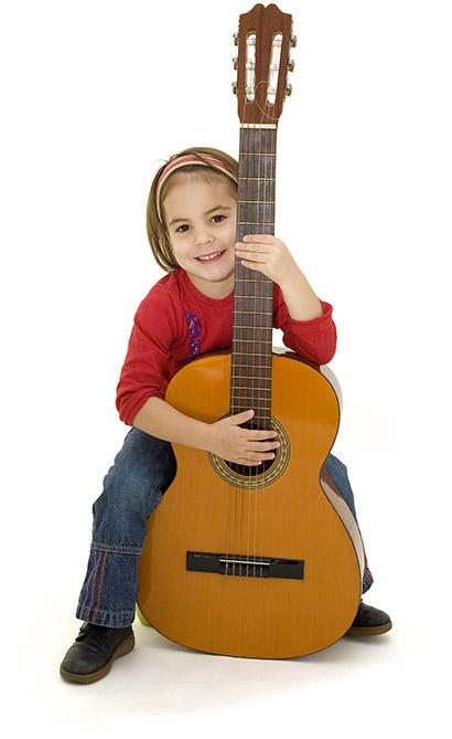 little-girl-guitar