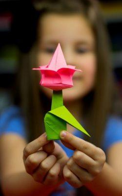 origami-girl-flower